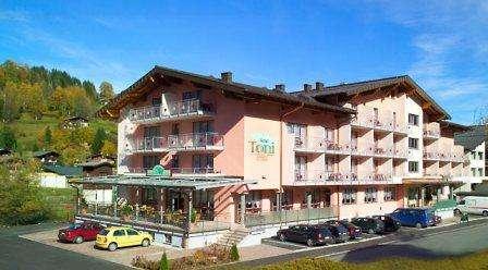 Ski Italia Cortina Ampezzo februarie 2018 bilet de avion si hotel inclus