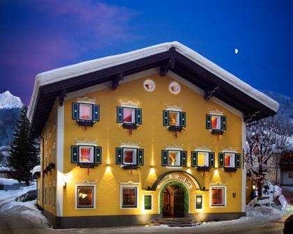 Ski Italia Cortina Ampezzo inceput de sezon cu bilet de avion si hotel