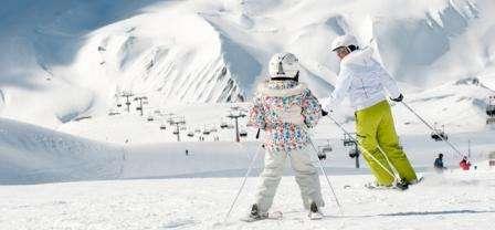 Ski Kitzbuhel Austria februarie 2018 bilet de avion si hotel inclus
