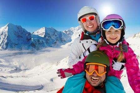 Ski Kitzbuhel Austria ianuarie 2018 bilet de avion si hotel inclus