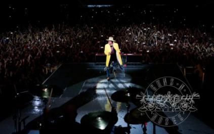 Bilet concert Guns N' Roses Moscova 13 iulie 2018 cu hotel inclus