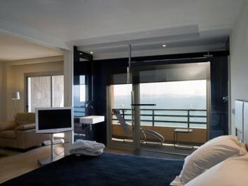 City break Alicante avionaprilie hotel inclus