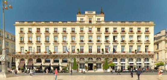 City break Bordeaux Mos Nicolae  bilet de avion si hotel inclus