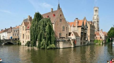 City break Bruges noiembrie  bilet de avion si hotel inclus