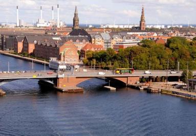 City break Copenhaga august 2018  bilet de avion si hotel inclus