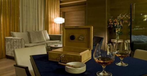 City break Dolomiti mai  bilet de avion si hotel inclus