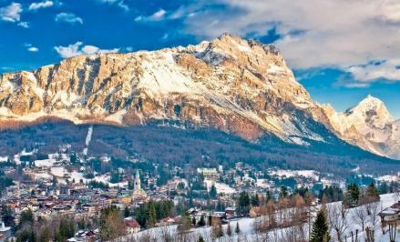 City break Dolomiti Valentine's Day bilet de avion si hotel inclus