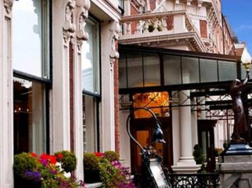 City break Dublin mai, bilet de avion si hotel inclus