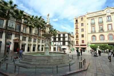City break Malaga Valentine's Day bilet de avion si hotel inclus