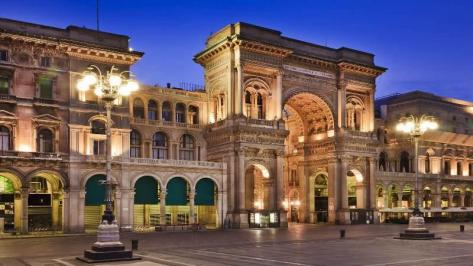 City break Milano Craciun 2017 bilet de avion si hotel inclus