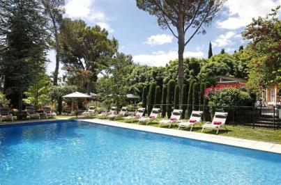 City break Provence iulie 2018 bilet de avion si hotel inclus