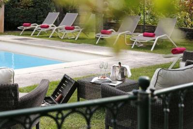 City break Provence Revelion 4* 2018  bilet de avion si hotel inclus