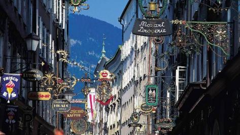 City break Salzburg Valentine's Day  bilet de avion si hotel inclus