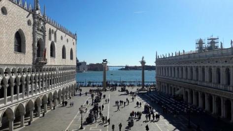 City break Venetia 1 martie 2018  bilet de avion si hotel inclus
