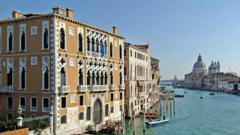 City break Venetia noiembrie  bilet de avion si hotel inclus