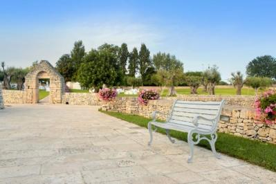 Sejur 2 in 1 Alberobello si Lecce august 2018 bilet de avion si hotel inclus