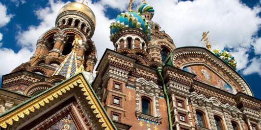 Sejur 2 in 1 Moscova si Sankt Petersburg iulie bilet de avion si hotel inclus