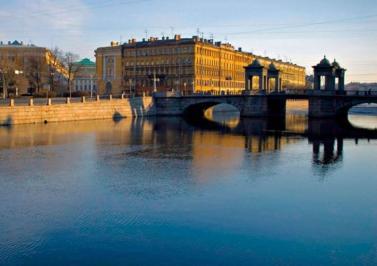 Sejur 2 in 1 Moscova si Sankt Petersburg mai bilet de avion si hotel inclus