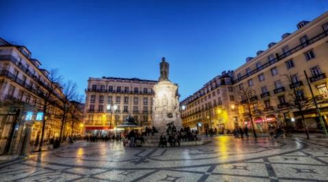 Sejur 2 in 1 Porto - Lisabona aprilie 2018 bilet de avion si hotel inclus