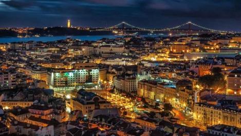 Sejur 2 in 1 Porto - Lisabona iunie bilet de avion si hotel inclus