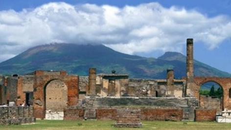 Sejur 2 in 1 Roma si Napoli aprilie bilet de avion si hotel inclus