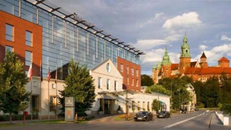 Sejur 2 in 1 Varsovia - Cracovia iunie 2018 bilet de avion si hotel inclus