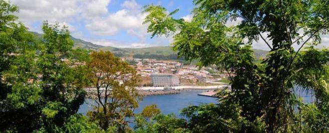 Sejur Azore luna martie bilet de avion si hotel inclus