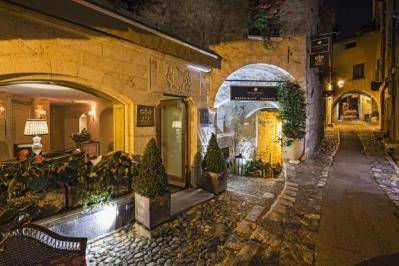 Sejur Coasta de Azur  Nisa aprilie 2018 bilet avion, hotel si taxe incluse