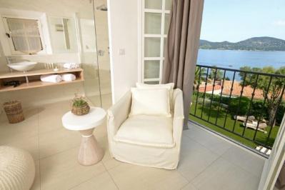 Sejur Coasta de Azur Saint Tropez iulie 2018 bilet de avion si hotel inclus