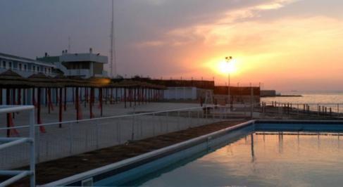 Sejur Litoral Gargano Bari iulie bilet de avion si hotel inclus