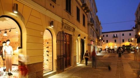 Sejur Litoral Sardinia septembrie 2018, bilet de avion si hotel inclus