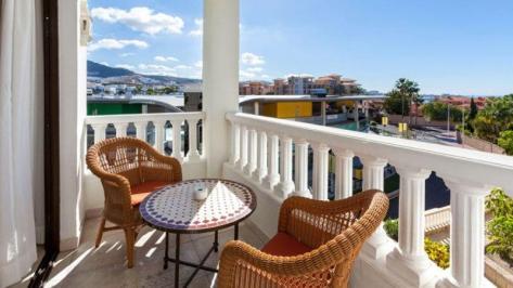 Sejur Tenerife ianuarie bilet de avion si hotel inclus