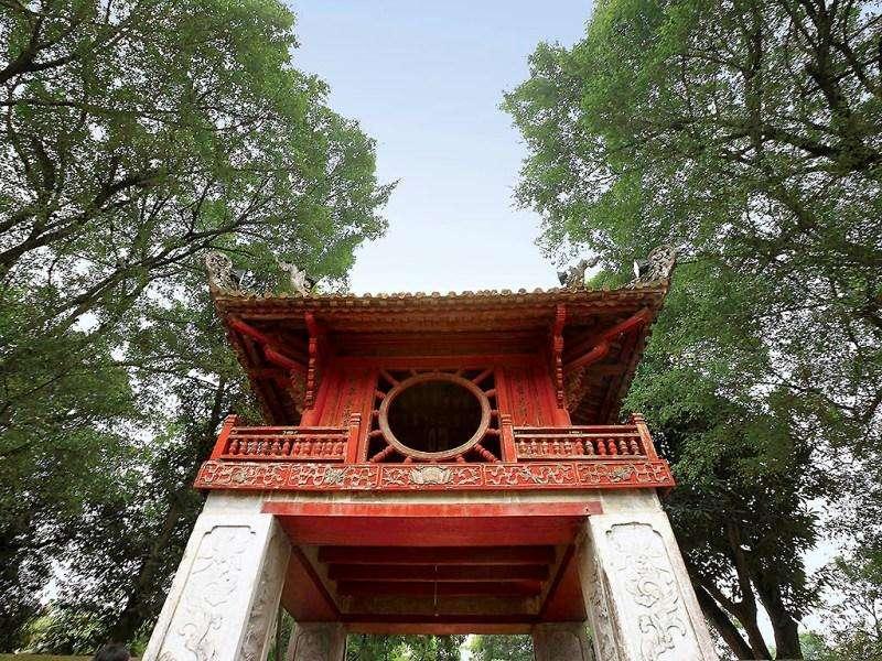 Vacanta exotica Hanoi august
