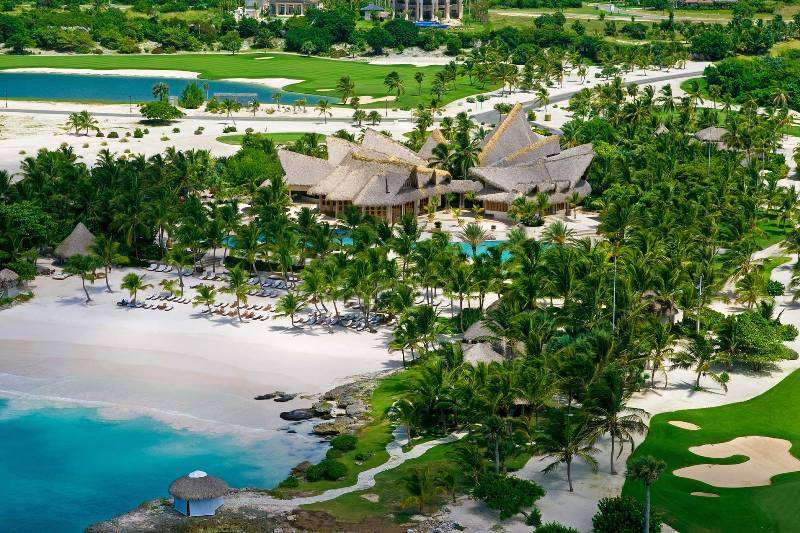 Vacanta exotica PLAYA BAVARO Republica Dominicana Secrets Royal Beach 5*
