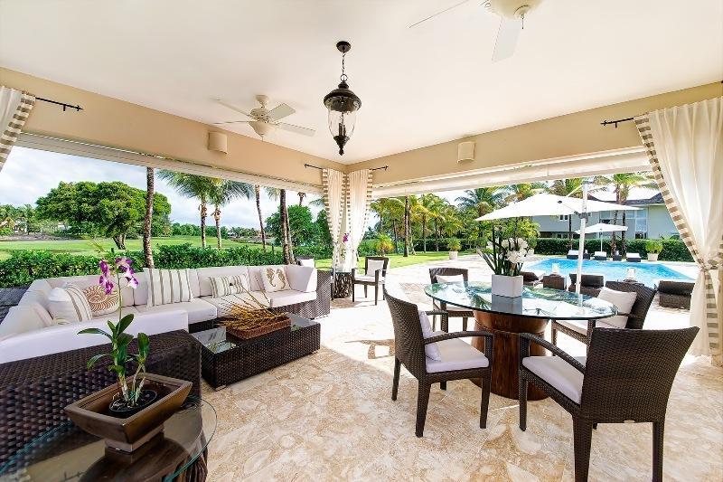 Vacanta exotica Republica Dominicana Punta Cana decembrie 2018